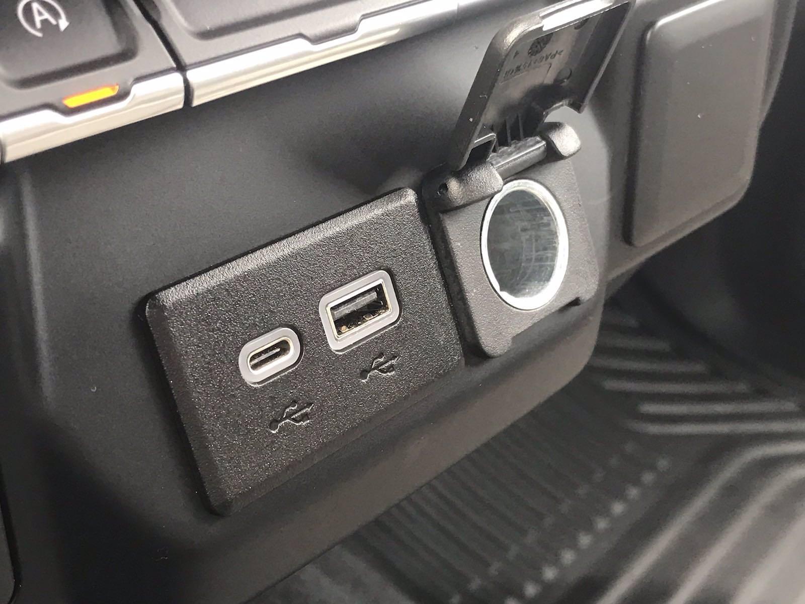 2020 Chevrolet Silverado 1500 Crew Cab 4x4, Pickup #16466PN - photo 37