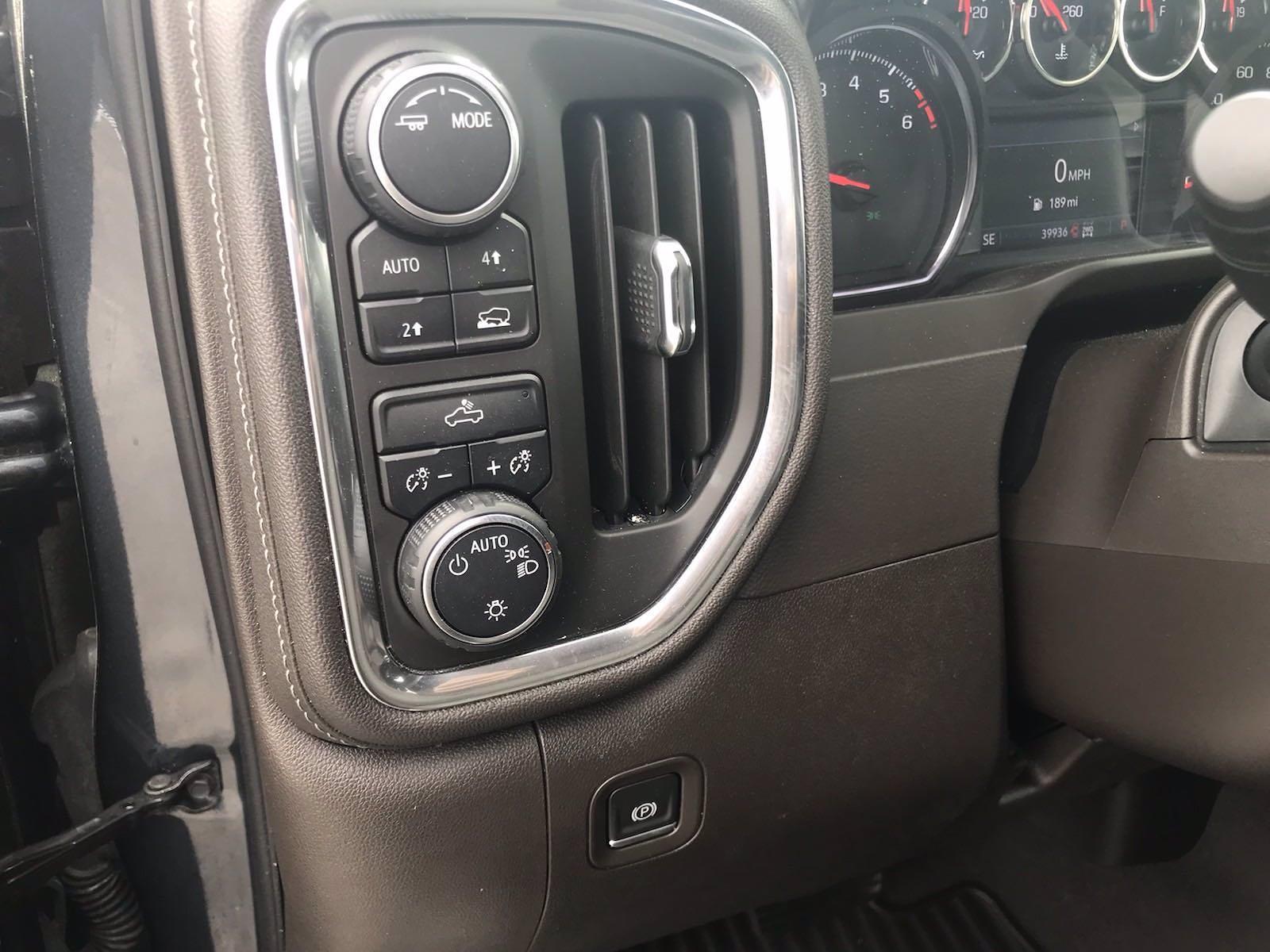 2020 Chevrolet Silverado 1500 Crew Cab 4x4, Pickup #16467P - photo 24