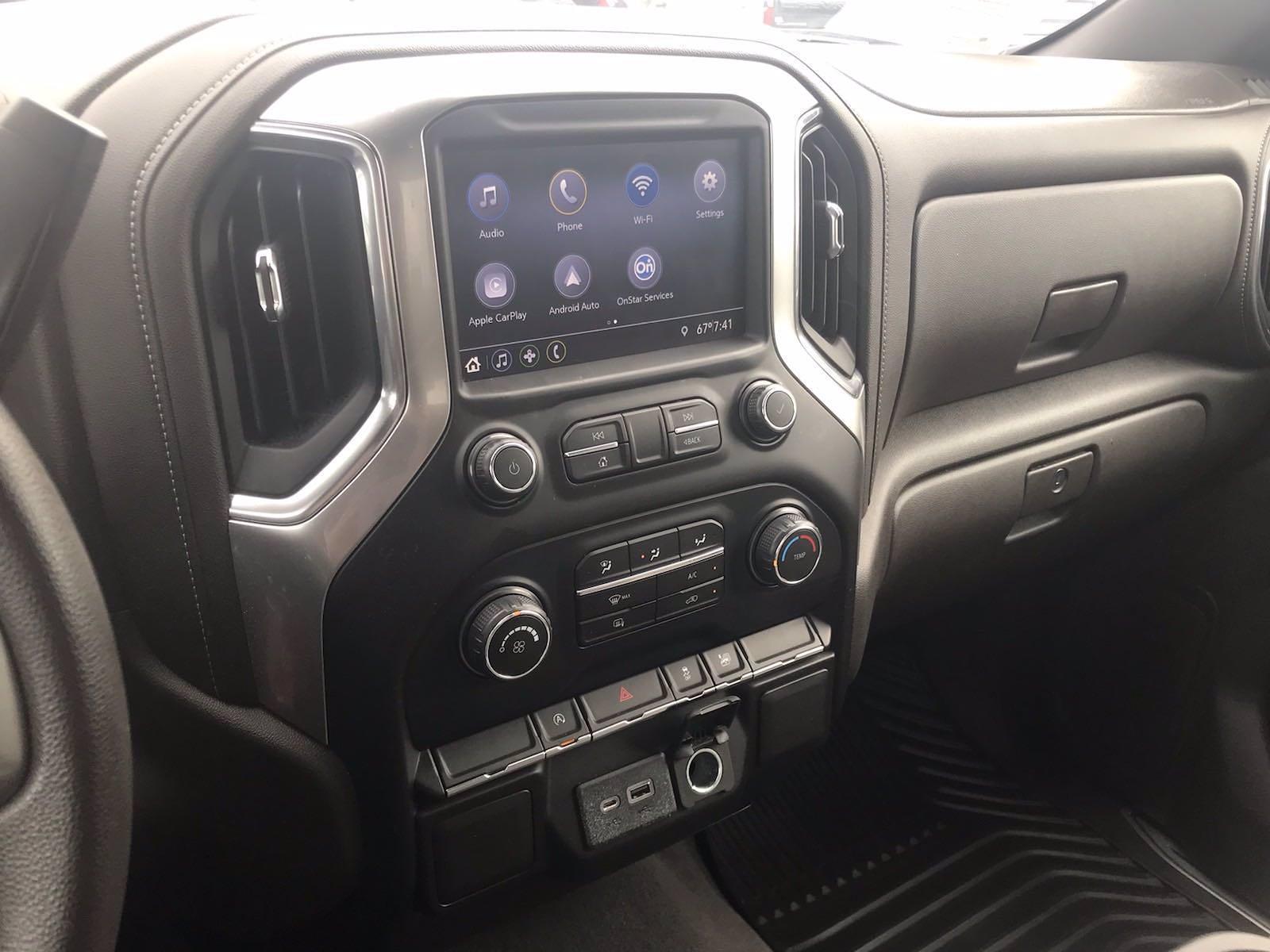 2020 Chevrolet Silverado 1500 Crew Cab 4x4, Pickup #16467P - photo 30