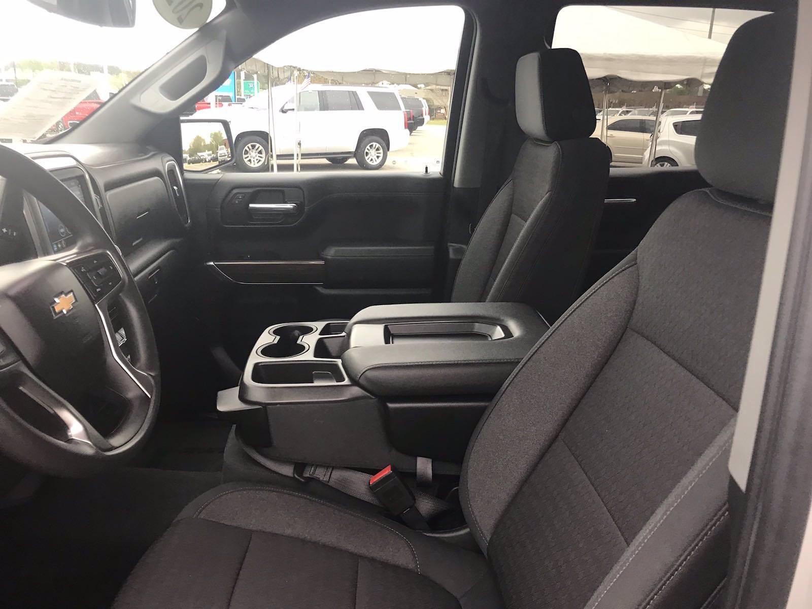 2020 Chevrolet Silverado 1500 Crew Cab 4x4, Pickup #16468P - photo 22