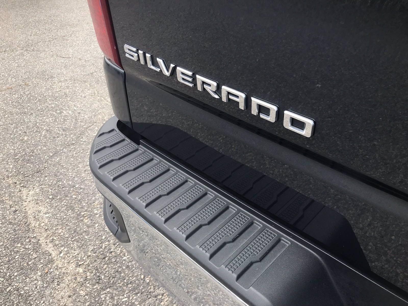 2020 Chevrolet Silverado 1500 Crew Cab 4x4, Pickup #16476PN - photo 16