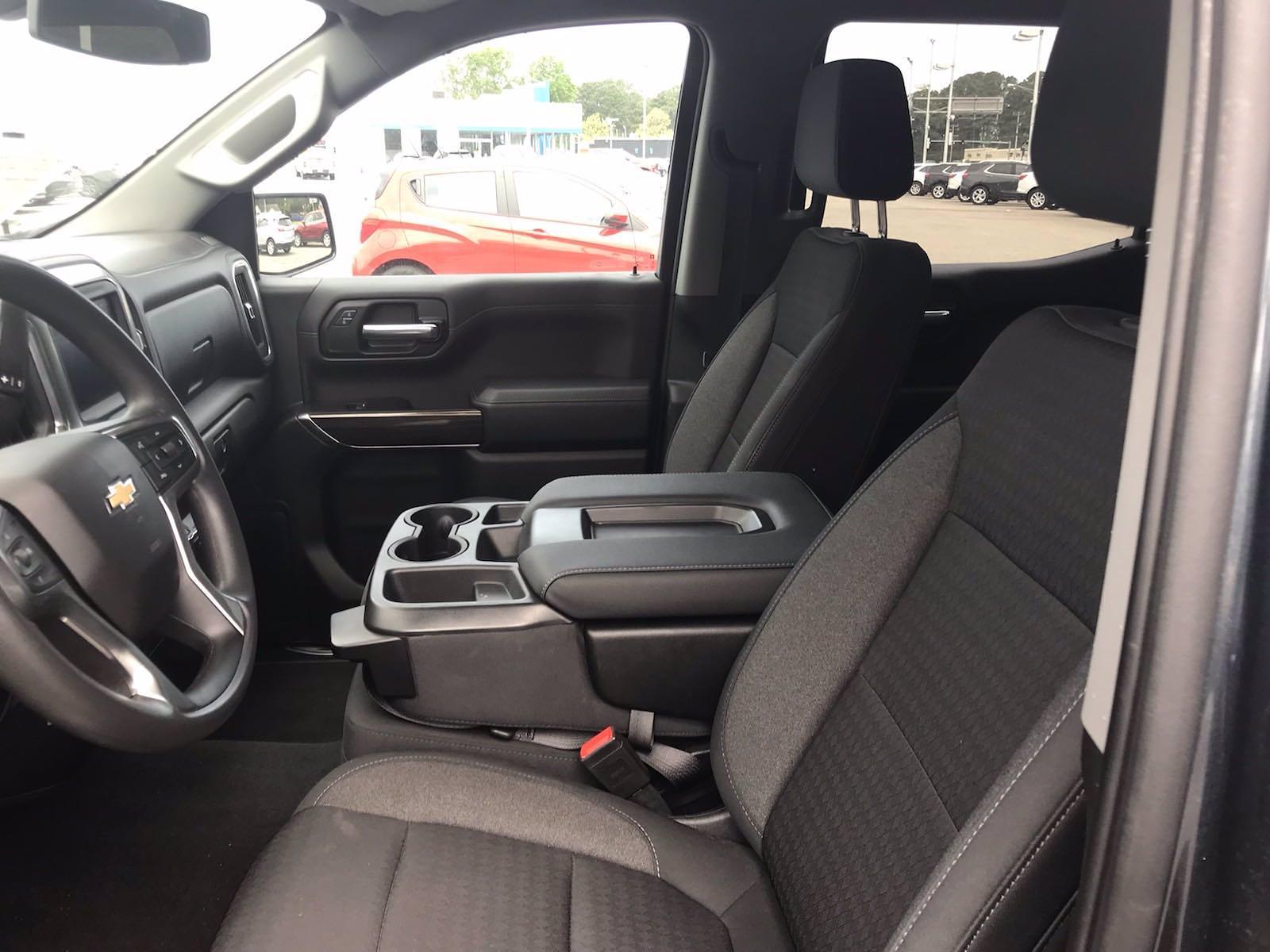 2020 Chevrolet Silverado 1500 Crew Cab 4x4, Pickup #16476PN - photo 23