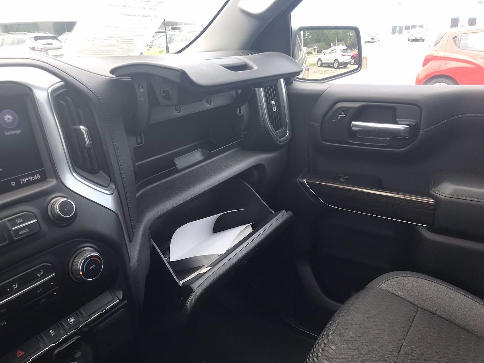 2020 Chevrolet Silverado 1500 Crew Cab 4x4, Pickup #16476PN - photo 37