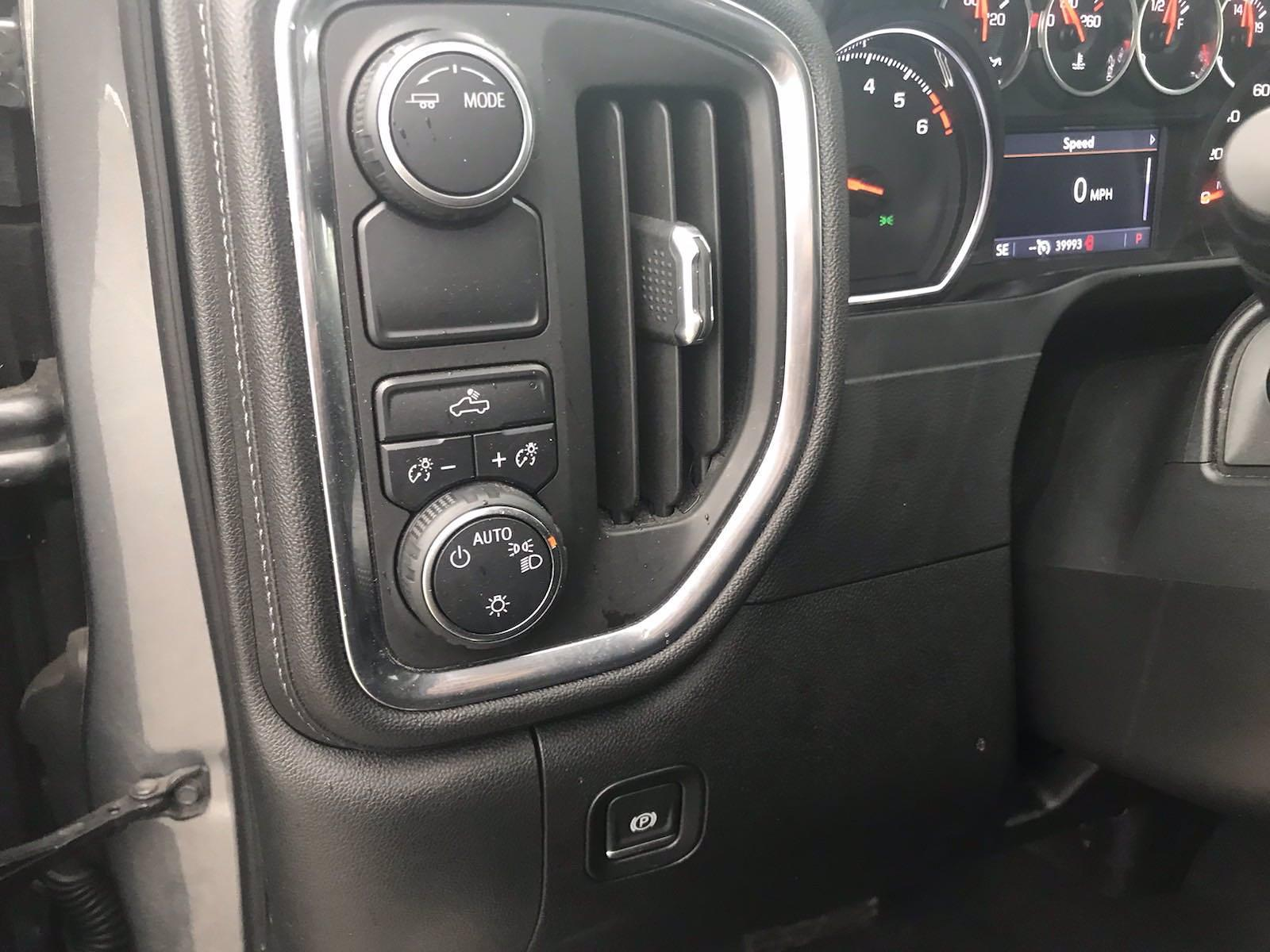 2020 Chevrolet Silverado 1500 Crew Cab 4x2, Pickup #16480P - photo 22