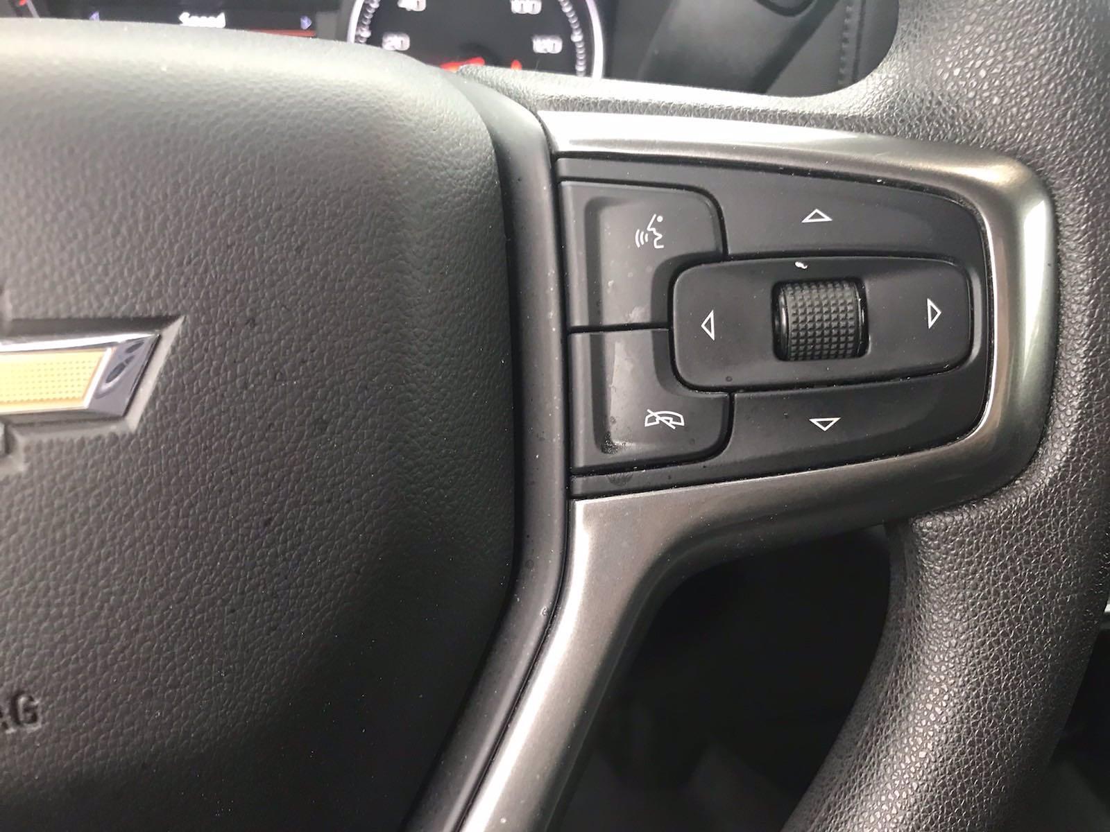 2020 Chevrolet Silverado 1500 Crew Cab 4x2, Pickup #16480P - photo 25