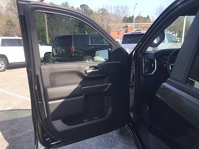 2019 Chevrolet Silverado 1500 Crew Cab 4x4, Pickup #16486P - photo 19