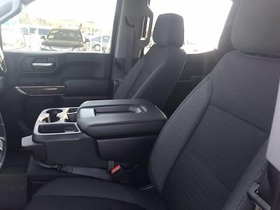 2019 Chevrolet Silverado 1500 Crew Cab 4x4, Pickup #16486P - photo 22