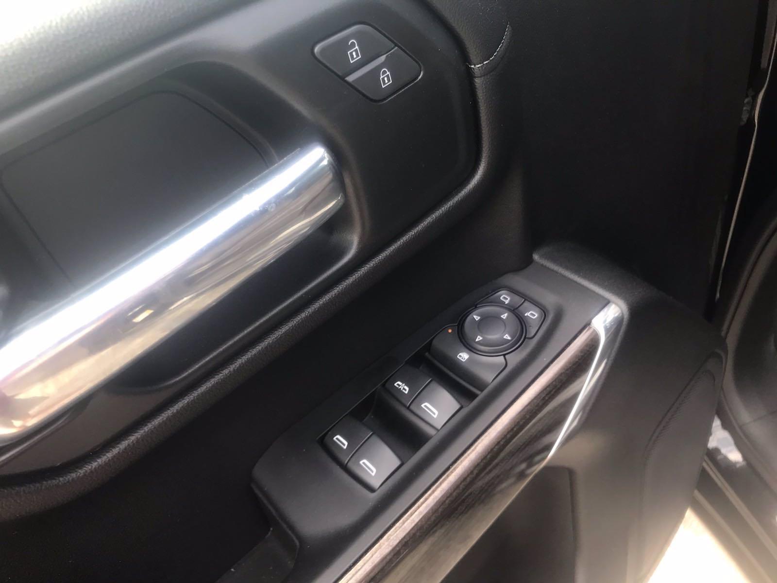 2020 Chevrolet Silverado 1500 Double Cab 4x4, Pickup #16488PN - photo 17