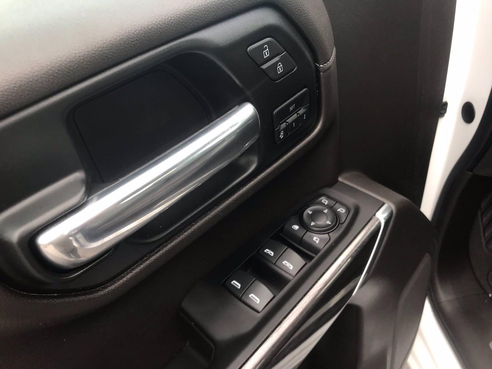 2020 Chevrolet Silverado 1500 Crew Cab 4x4, Pickup #16490P - photo 23