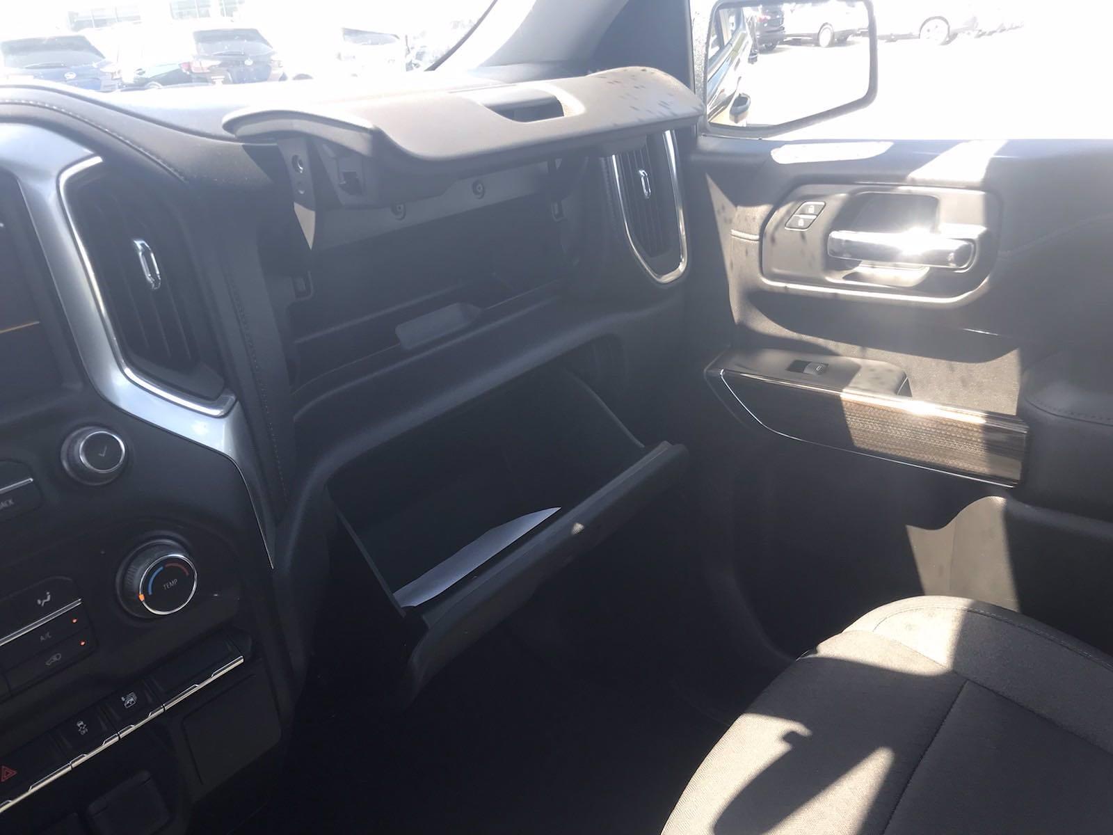 2019 Chevrolet Silverado 1500 Crew Cab 4x4, Pickup #16493PN - photo 36