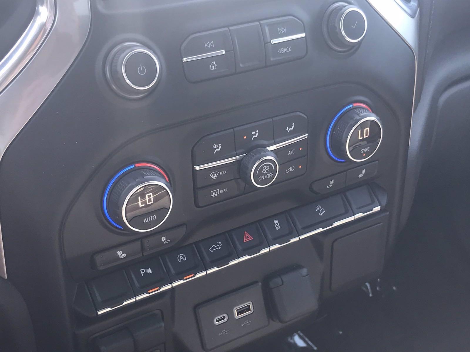 2019 Chevrolet Silverado 1500 Crew Cab 4x4, Pickup #16509P - photo 35