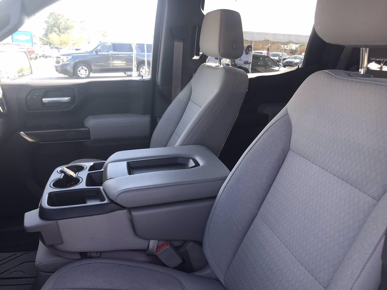 2019 Chevrolet Silverado 1500 Crew Cab 4x4, Pickup #16513P - photo 25
