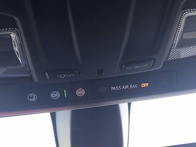 2019 Chevrolet Silverado 1500 Crew Cab 4x4, Pickup #16513P - photo 43