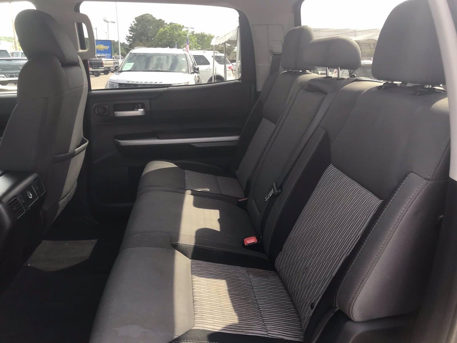2015 Toyota Tundra Crew Cab 4x2, Pickup #16534A - photo 38