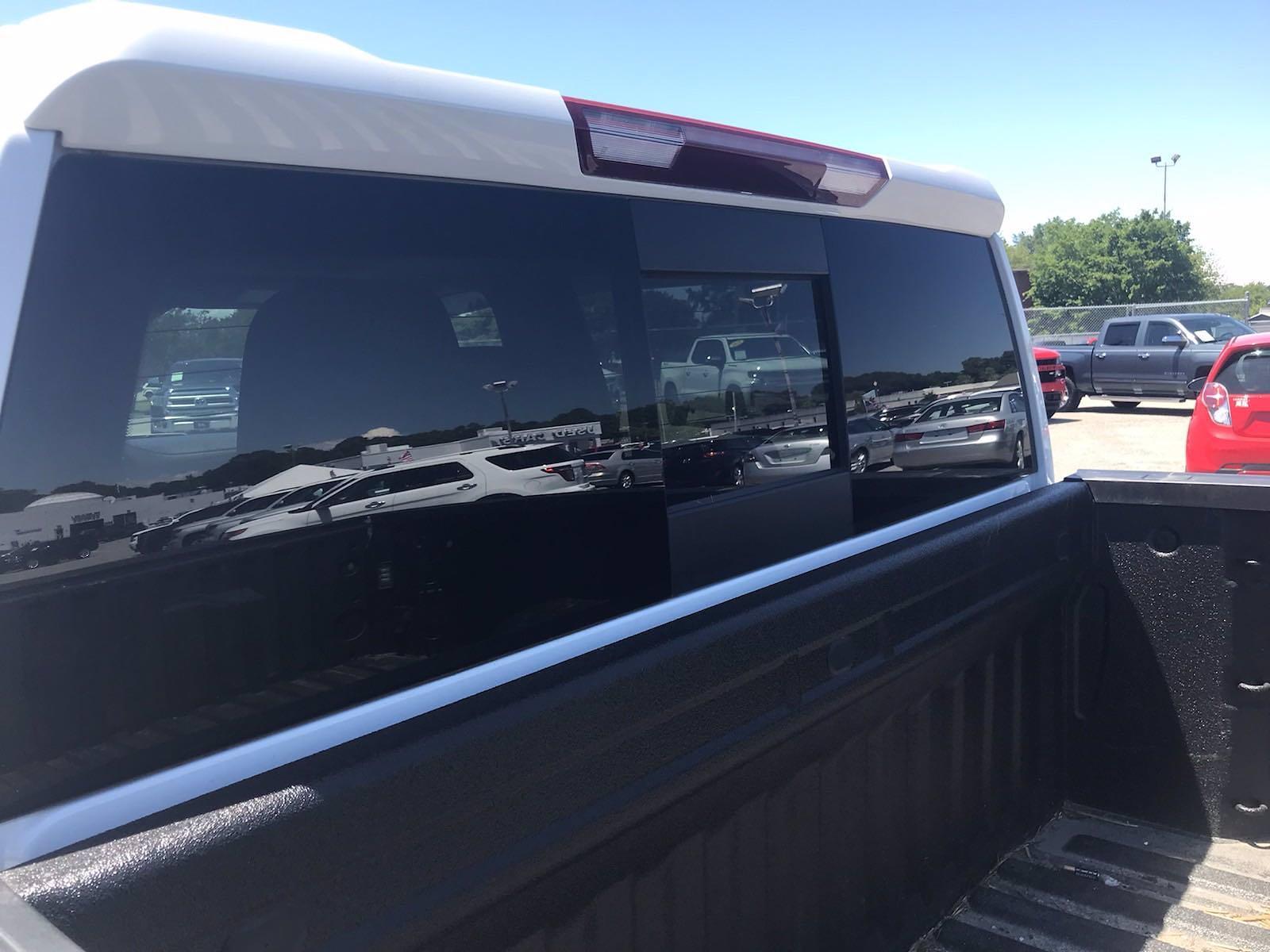 2019 Chevrolet Silverado 1500 Crew Cab 4x4, Pickup #16575P - photo 20