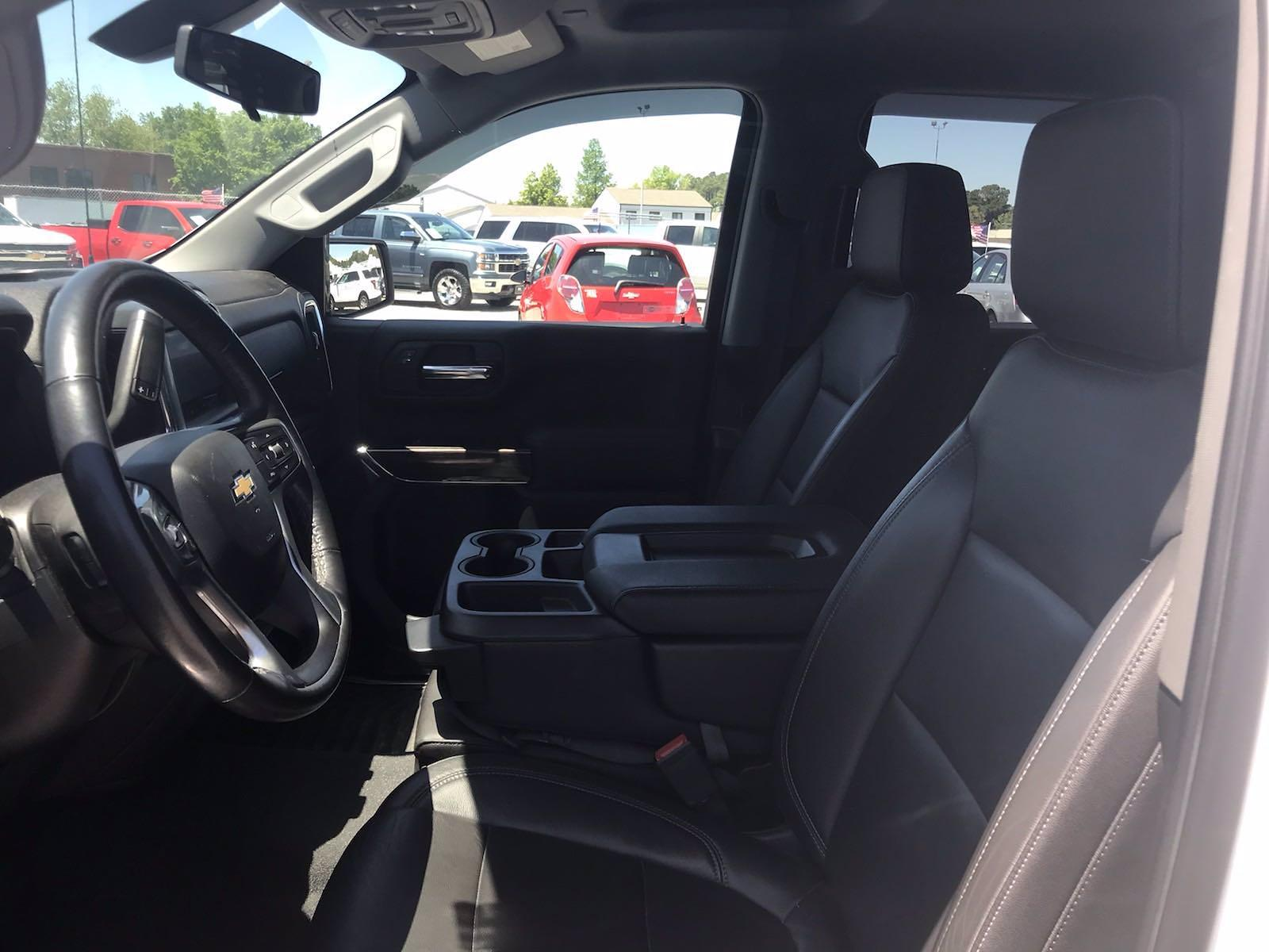 2019 Chevrolet Silverado 1500 Crew Cab 4x4, Pickup #16575P - photo 26