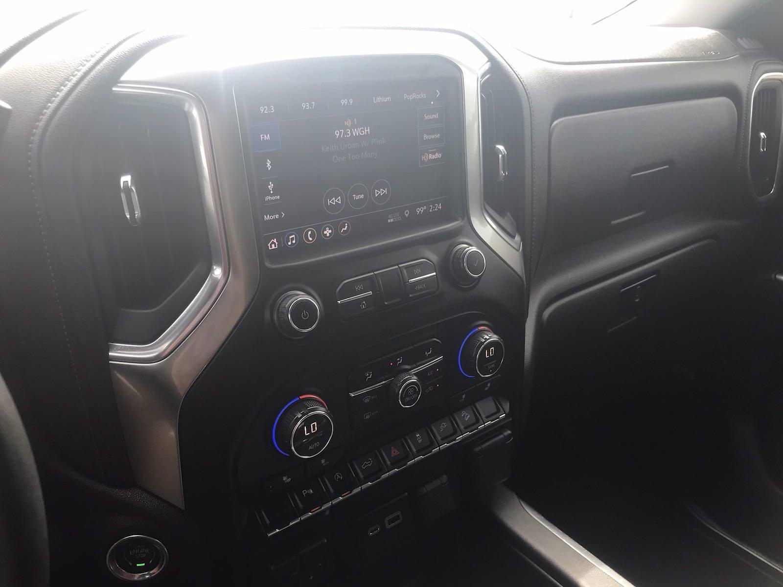 2019 Chevrolet Silverado 1500 Crew Cab 4x4, Pickup #16609P - photo 32