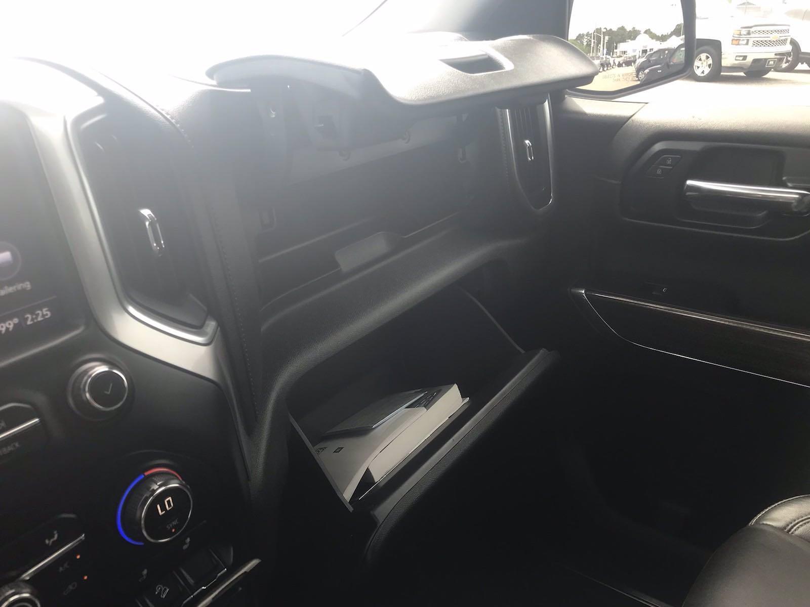2019 Chevrolet Silverado 1500 Crew Cab 4x4, Pickup #16609P - photo 42