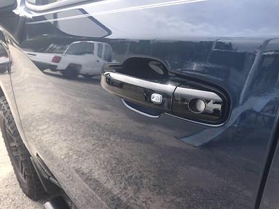 2019 Chevrolet Silverado 1500 Crew Cab 4x4, Pickup #16609P - photo 18