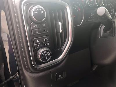 2019 Chevrolet Silverado 1500 Crew Cab 4x4, Pickup #16609P - photo 25