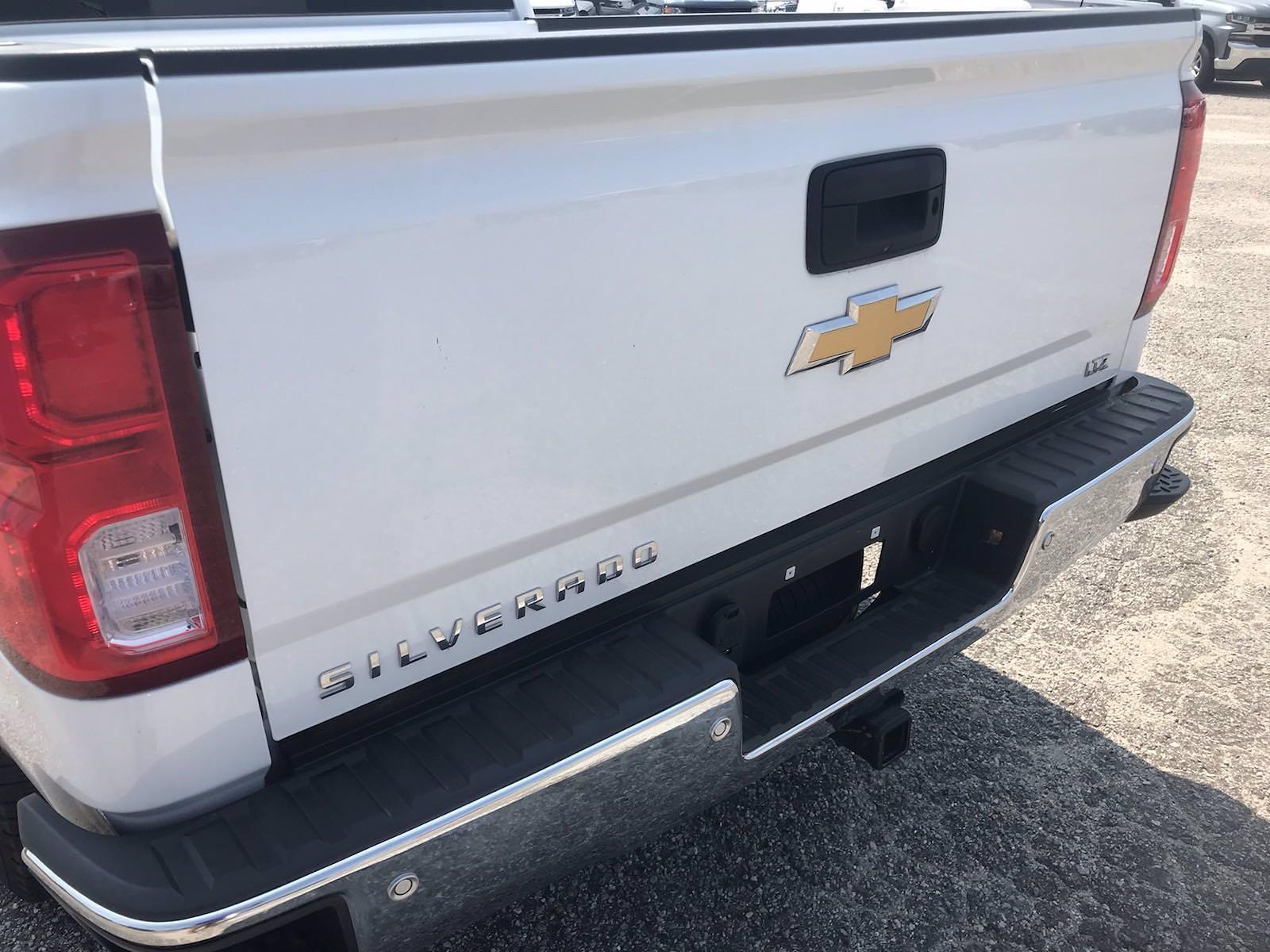 2018 Chevrolet Silverado 1500 Crew Cab 4x4, Pickup #16636P - photo 11