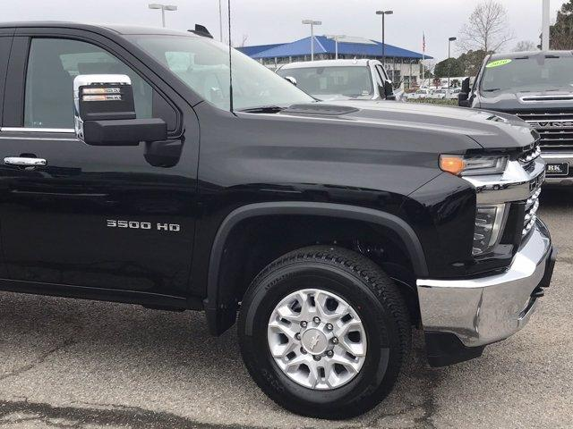 2020 Silverado 3500 Crew Cab 4x4, Pickup #202595 - photo 9