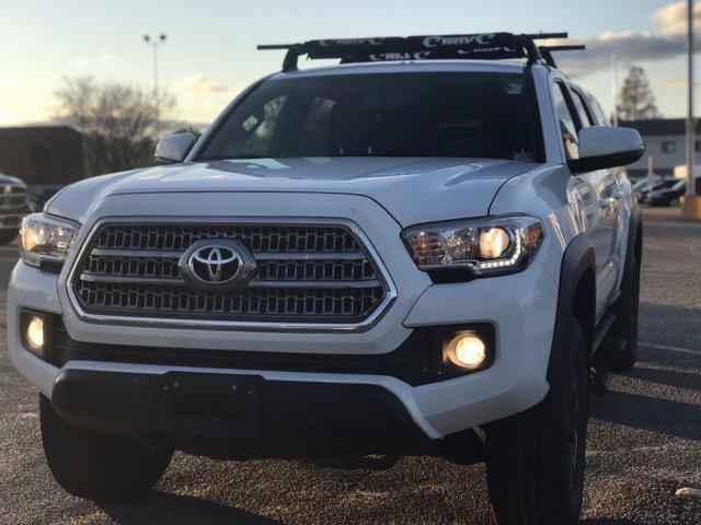 2017 Toyota Tacoma Double Cab 4x4, Pickup #214734A - photo 11