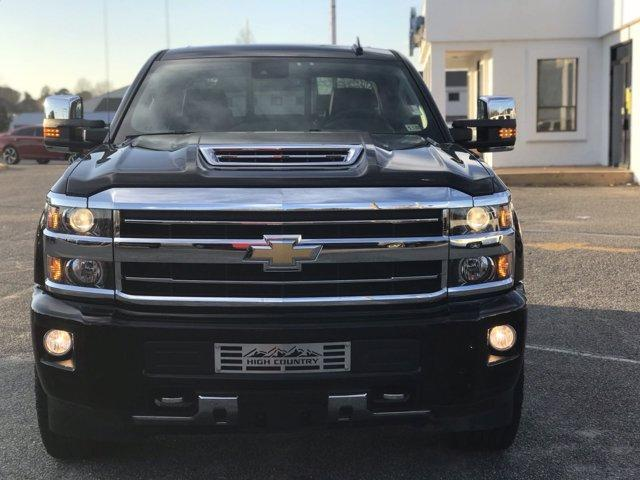 2019 Chevrolet Silverado 2500 Crew Cab 4x4, Pickup #215513A - photo 3