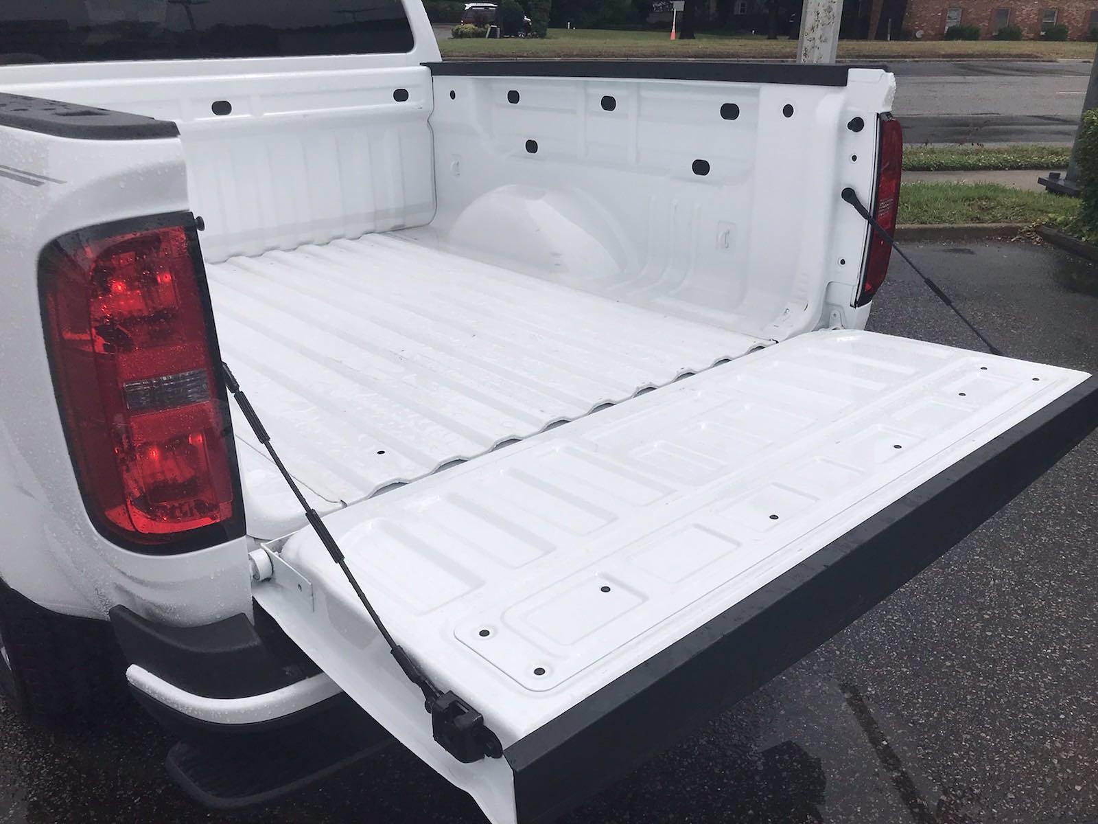 2021 Chevrolet Colorado Crew Cab 4x2, Pickup #215961 - photo 17