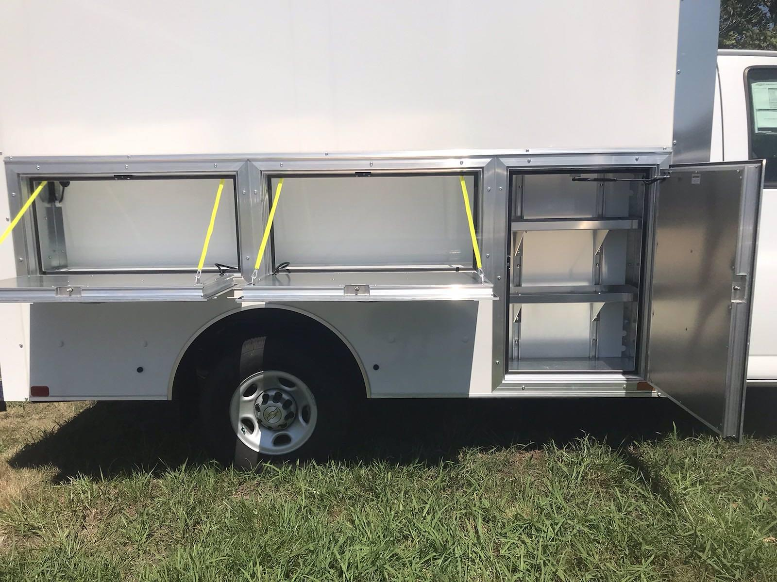2021 Chevrolet Express 3500 4x2, Dejana DuraCube Max Service Utility Van #216760 - photo 9