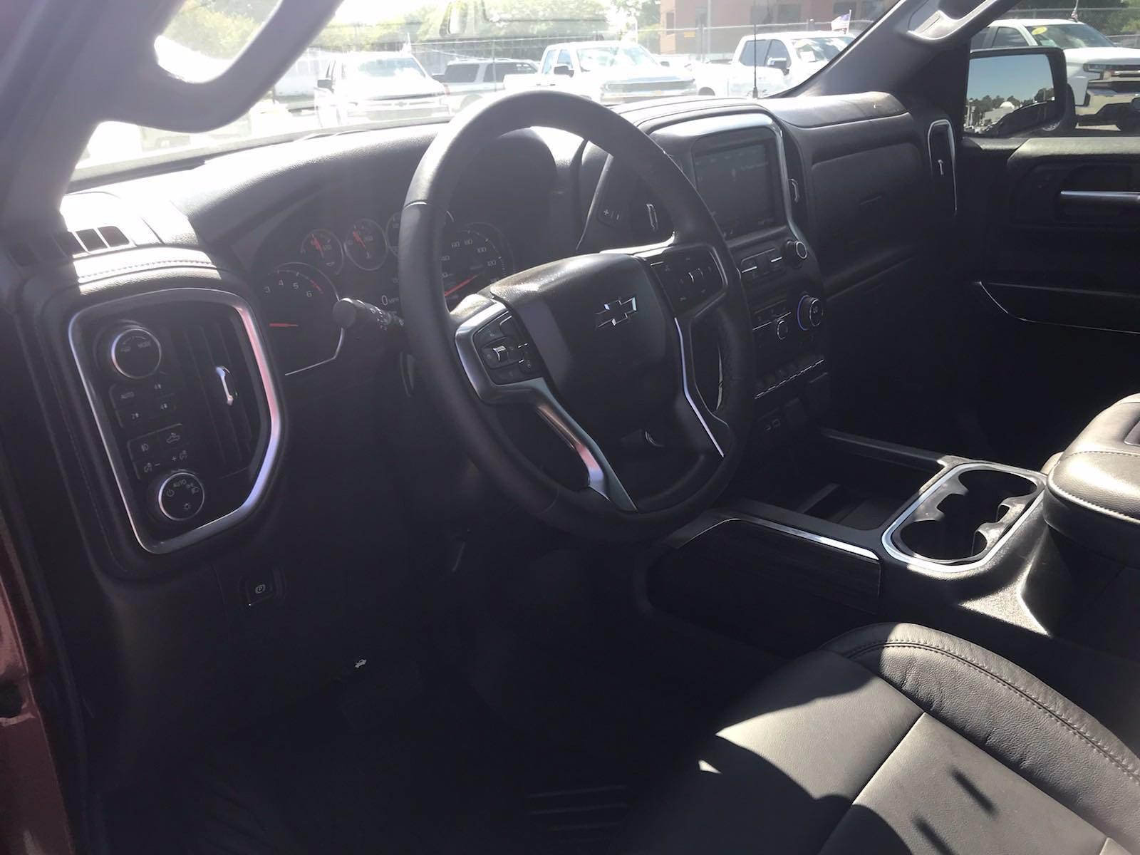 2020 Chevrolet Silverado 1500 Crew Cab 4x4, Pickup #217056A - photo 26