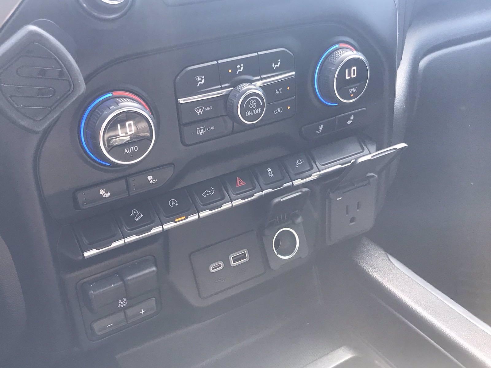 2020 Chevrolet Silverado 1500 Crew Cab 4x4, Pickup #217056A - photo 40