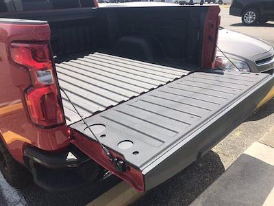 2021 Chevrolet Silverado 1500 Crew Cab 4x4, Pickup #217062 - photo 13