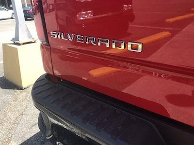 2021 Chevrolet Silverado 1500 Crew Cab 4x4, Pickup #217062 - photo 9