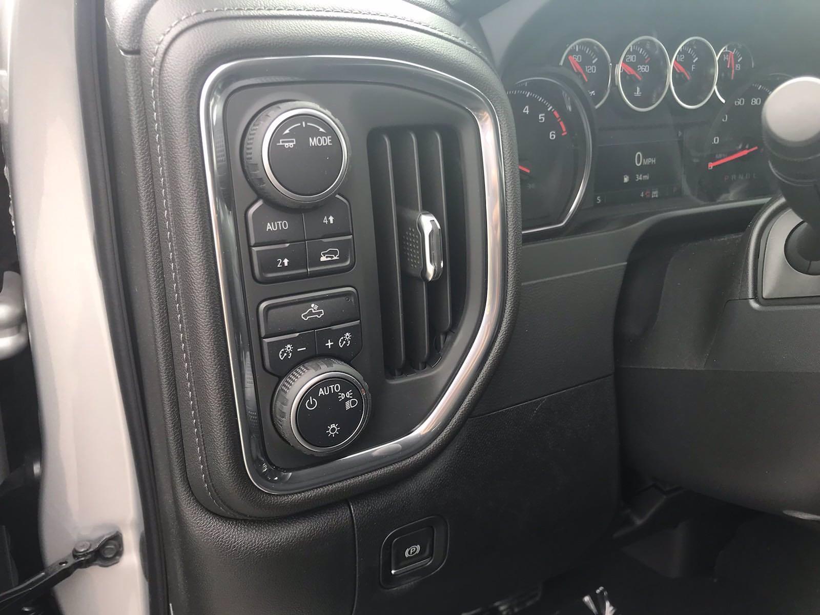 2021 Chevrolet Silverado 1500 Crew Cab 4x4, Pickup #217302 - photo 24