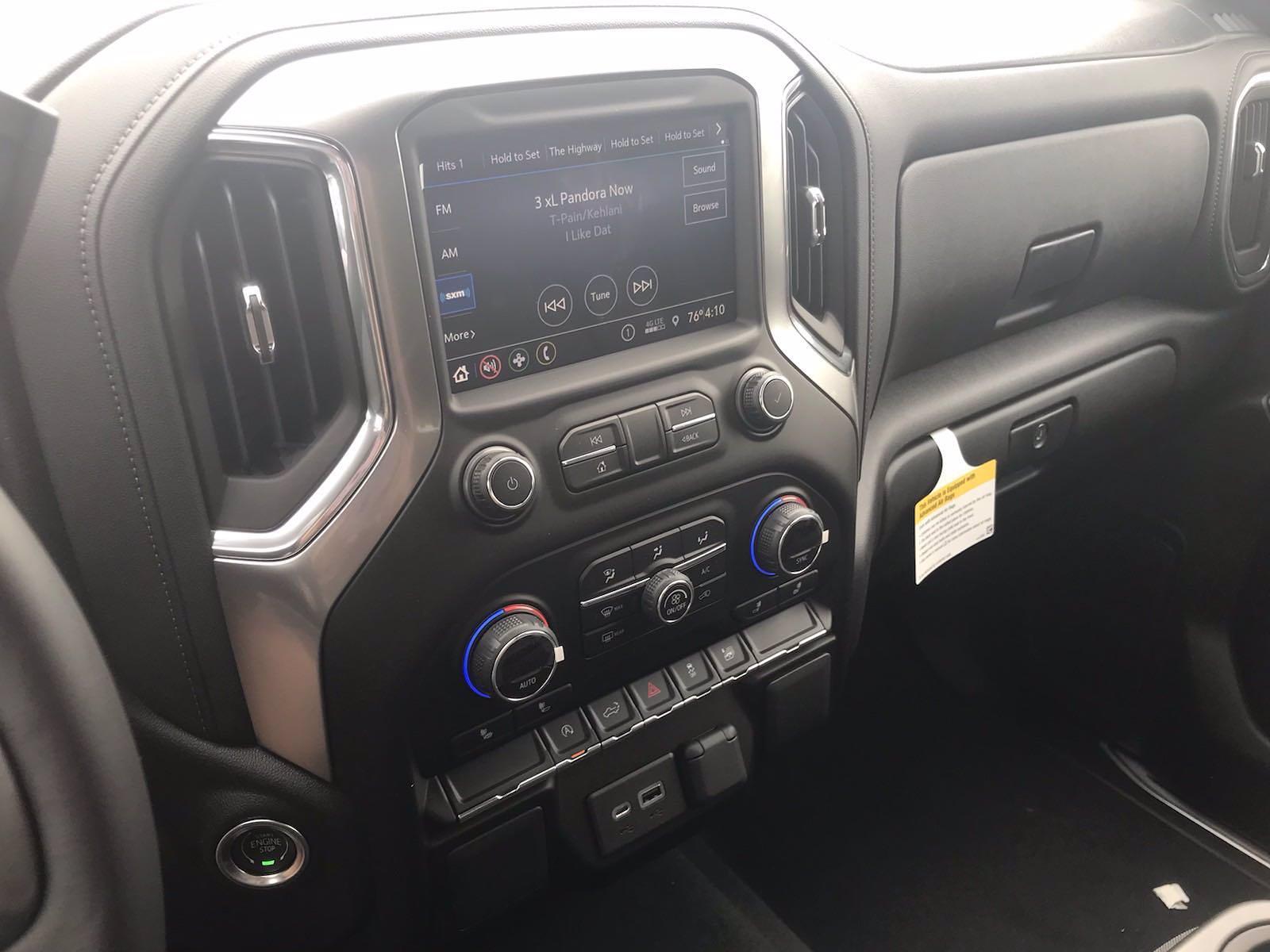 2021 Chevrolet Silverado 1500 Crew Cab 4x4, Pickup #217302 - photo 31