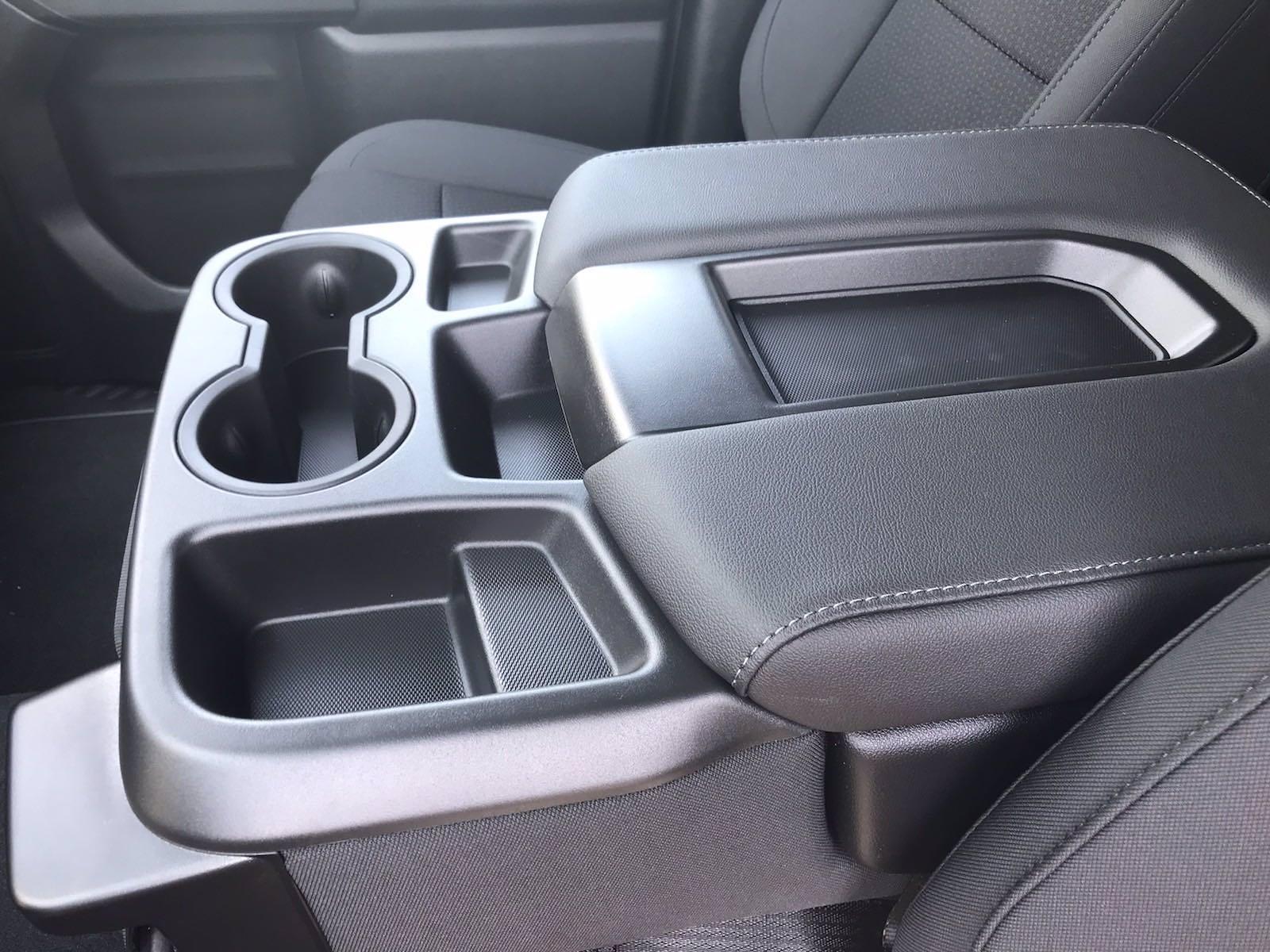 2021 Chevrolet Silverado 2500 Crew Cab 4x4, Pickup #217330 - photo 32