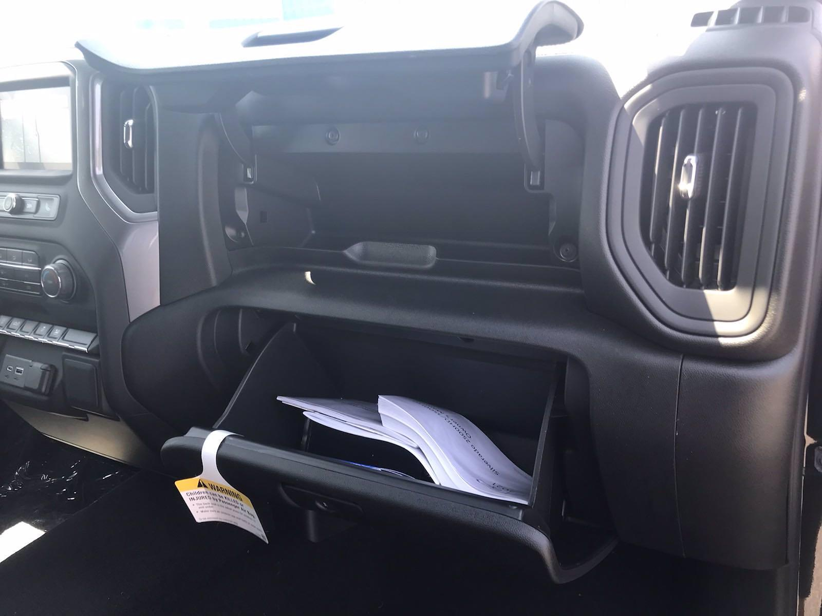 2021 Chevrolet Silverado 2500 Crew Cab 4x4, Pickup #217330 - photo 35