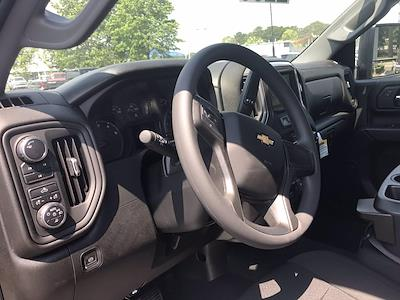 2021 Chevrolet Silverado 2500 Crew Cab 4x4, Pickup #217330 - photo 26