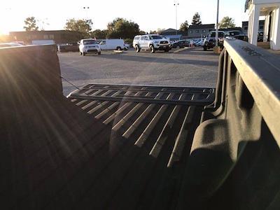 2018 Chevrolet Silverado 1500 Crew Cab 4x2, Pickup #217368A - photo 19