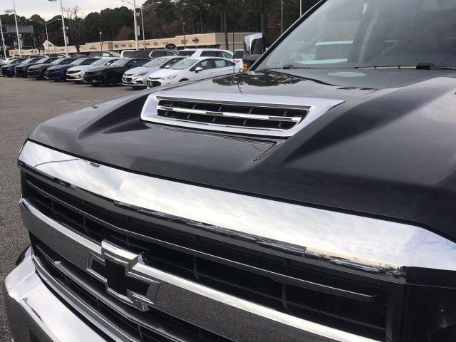 2019 Silverado 2500 Crew Cab 4x4,  Pickup #297139 - photo 16