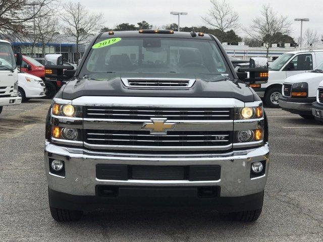 2019 Silverado 2500 Crew Cab 4x4,  Pickup #297461 - photo 3