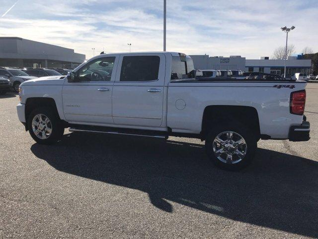 2019 Silverado 2500 Crew Cab 4x4,  Pickup #297526 - photo 5