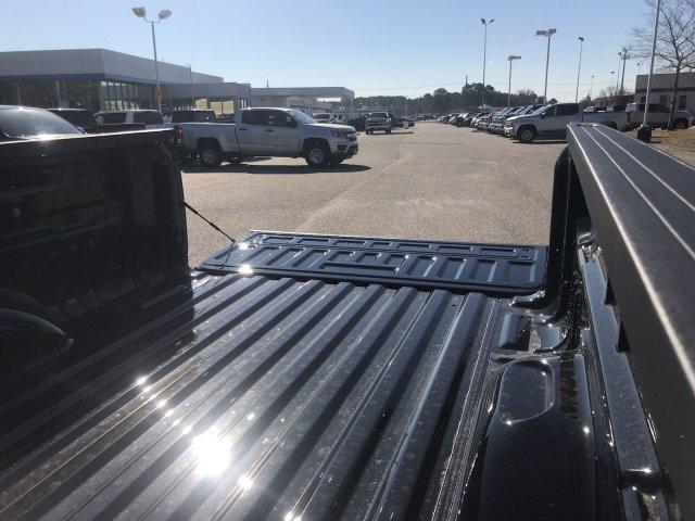 2019 Colorado Crew Cab 4x2,  Pickup #297650 - photo 18