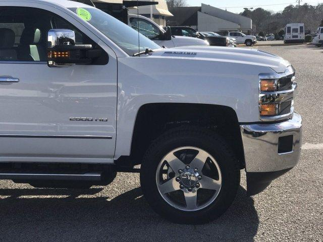 2019 Silverado 2500 Crew Cab 4x4,  Pickup #297817 - photo 9