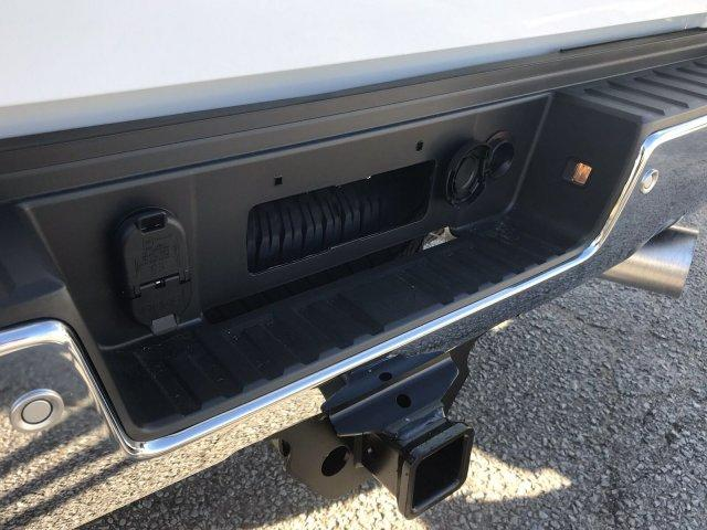 2019 Silverado 2500 Crew Cab 4x4,  Pickup #297817 - photo 20