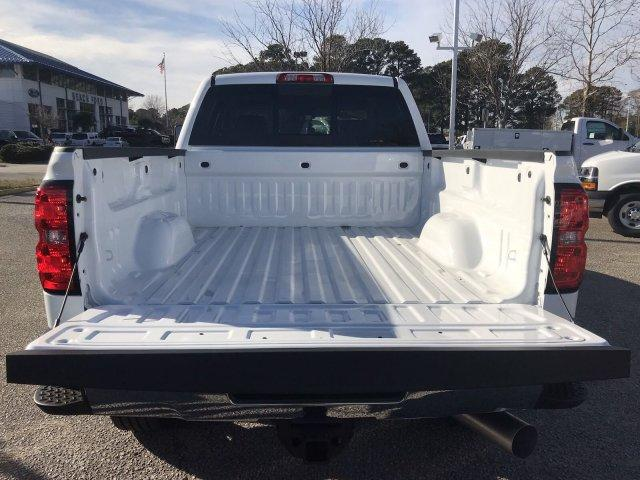 2019 Silverado 2500 Crew Cab 4x4,  Pickup #297817 - photo 22