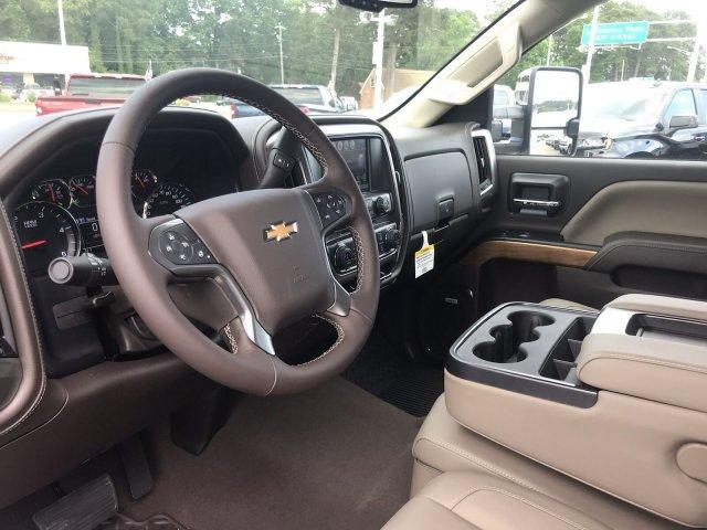 2019 Silverado 2500 Crew Cab 4x4,  Pickup #297997 - photo 31