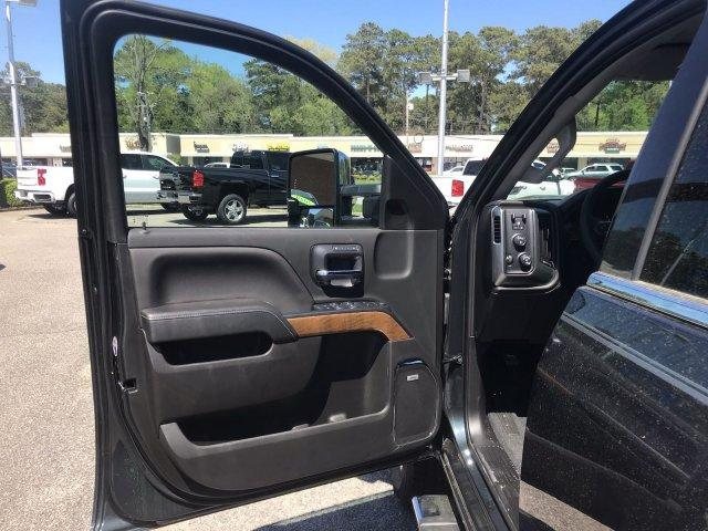 2019 Silverado 2500 Crew Cab 4x4,  Pickup #298325 - photo 26