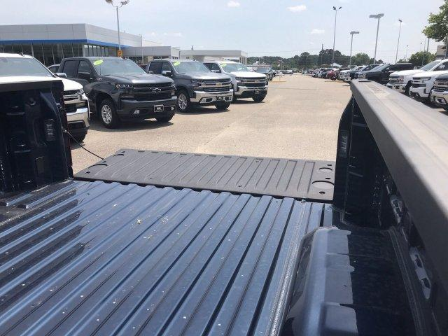 2019 Silverado 1500 Crew Cab 4x2,  Pickup #298696 - photo 19